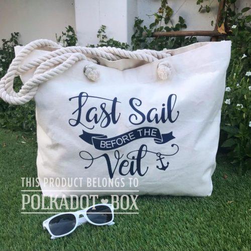 last sail before the veil beach bag